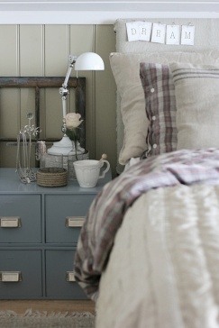 Shabby Chic/Country inspired headboard