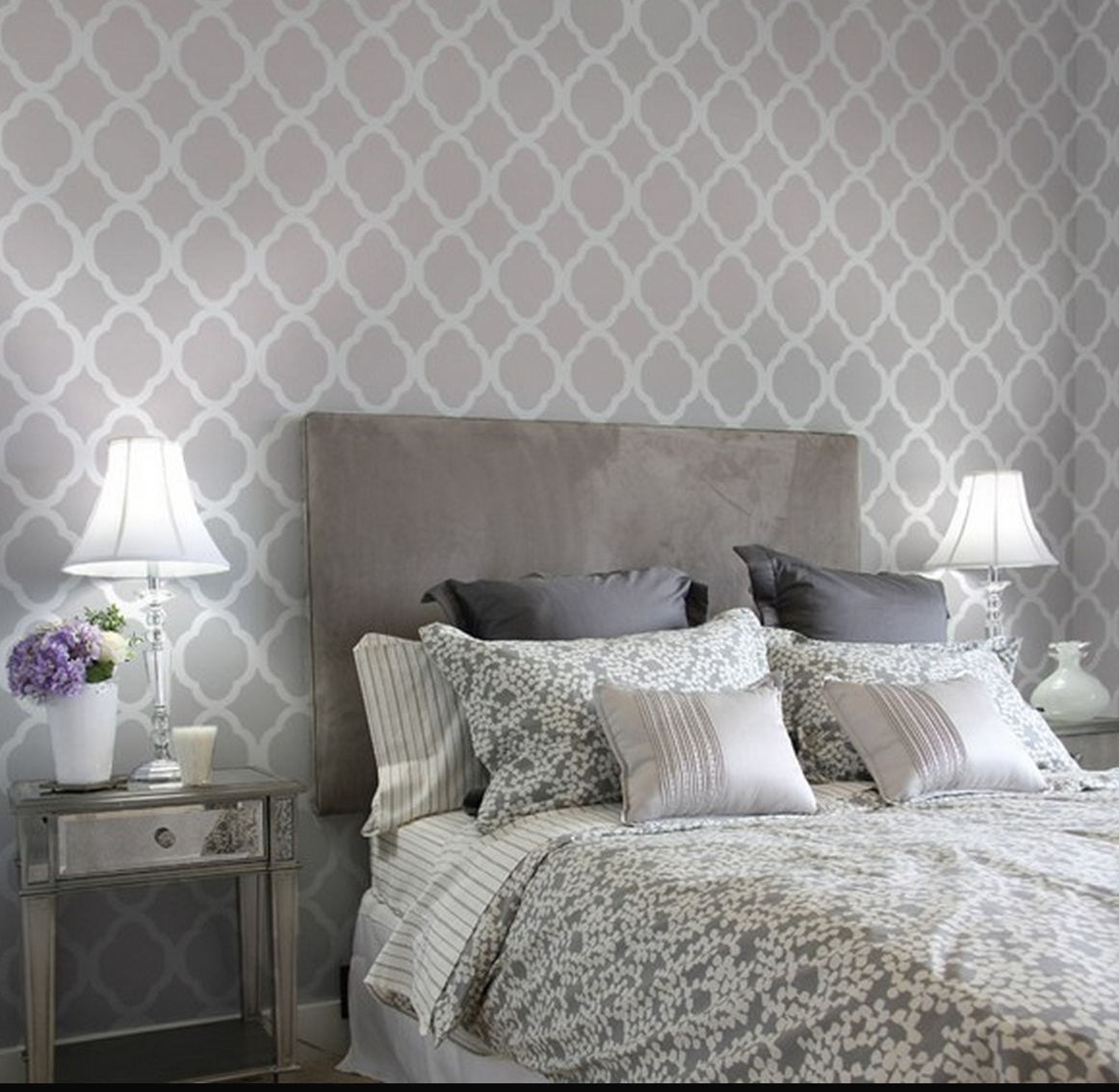 Grey Bedroom Decorating: Grey On Gray Bedroom Decor